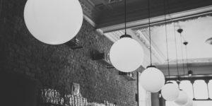 minimalistyczne lampy sufitowe spotline